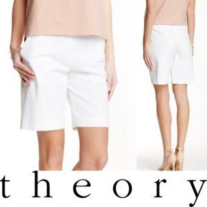 Theory Palanis Approach Shorts in Cream, Size 2